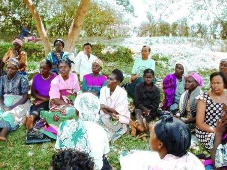 Vrouwenforum. Vrouwen ontmoeten elkaar en ontdekken waar hun kracht ligt (pr 147)